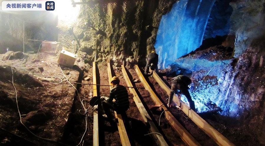 上千施工者10年建设 大瑞铁路福星隧道顺利贯通