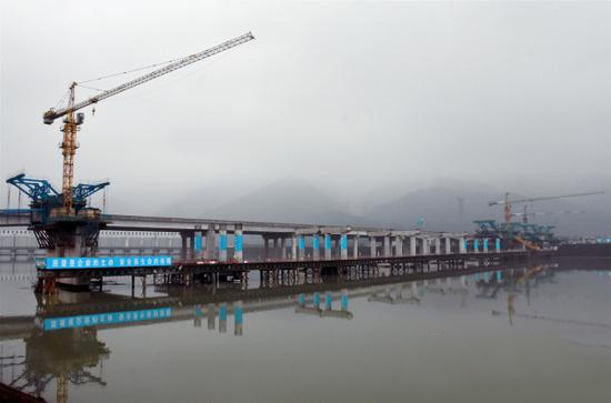 水津关青衣江特大桥施工有序推进 预计2020年底竣工