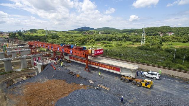 首梁成功架设,湘桂铁路永州扩能工程全线有望明年通车